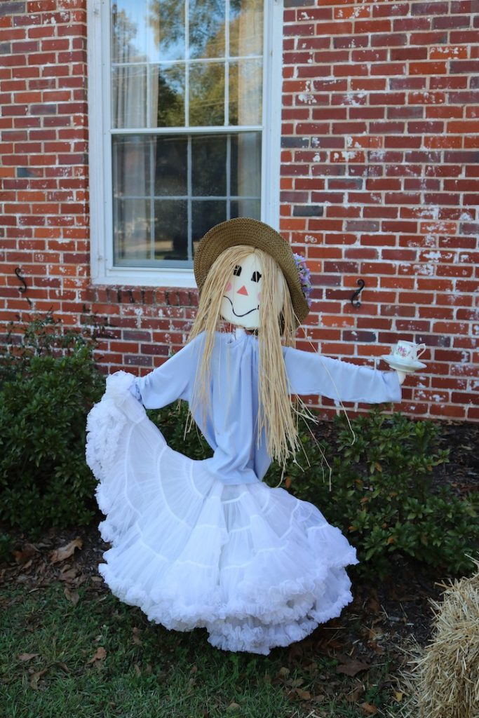 Girl scarecrow, DIY Scarecrow, Scarecrow with teacup
