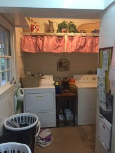 Laundry Room Before Makeover