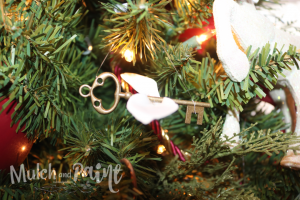 Harry Potter Christmas ornament flying keys