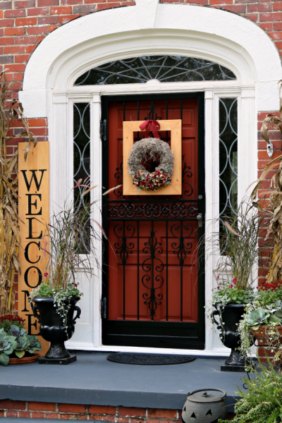Welcome Sign Tutoria-Fall front porch-pumpkins-mums-pansies