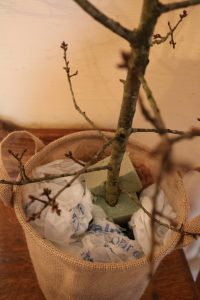 Easter tree base, Easter Tree DIY, make your own Easter tree